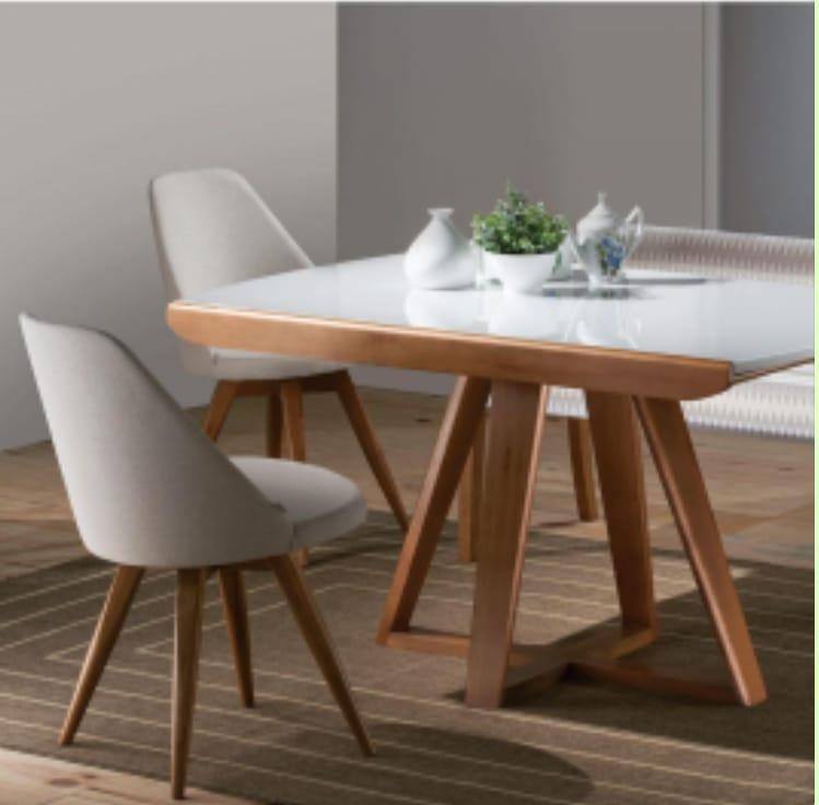 Comedor compacto con mesa extensible